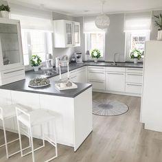 Kitchen Room Design, Home Room Design, Modern Kitchen Design, Home Decor Kitchen, Interior Design Kitchen, Home Kitchens, Open Plan Kitchen Dining Living, Living Room Kitchen, Cuisines Design