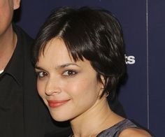 Norah Jones: Last year, singer/actress Norah Jones went for it, cutting her longer style into a short pixie. While her hair has a slight wave naturally, the cut has been texturized to tame and provide soft movement.