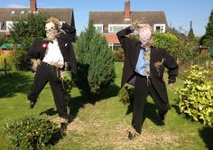 Morecambe and Wise dancing scarecrows- what makes 'Great' Britain.