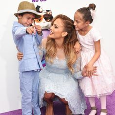 """LOL!: Jennifer Lopez Says Twins Max and Emme """"Don't Care At All"""" That She's Famous"""