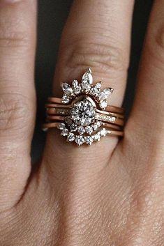 Diamond Engagement Ring - rose gold floral diamond ring - wedding set modern rose gold Anna Sheffield #weddingring #weddingringsgoldmodern
