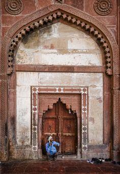 open, india classic, portal, guard, bytrey ratcliff, ferrari photographi, incred indiamytholog, travel, beauti door