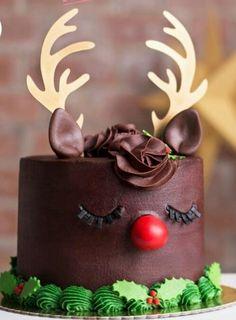 Adorable Rudolph holiday season cake. #Christmas #reindeer #desserts