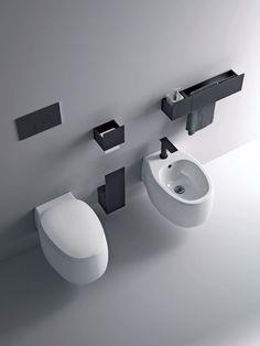 Li suggerisco spesso a chi ha poco spazio, essendo generalmente più corti, e poi sono più funzionali anche per la pulizia ed esteticamente più gradevoli perché non creano interruzioni visive a pavimento.