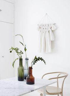 marble dining table, ferm living wall hanging