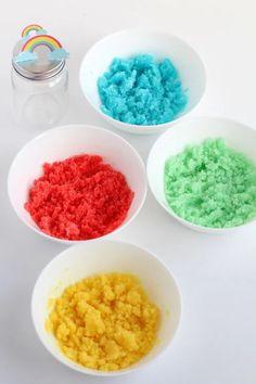 DIY Rainbow Sugar Scrub With Free Printable Rainbow Label How To Make Homemade, Homemade Crafts, Easy Crafts, Diy And Crafts, Sugar Scrub Homemade, Sugar Scrub Recipe, Lavender Sugar Scrub, Buy Edibles Online, Diy Scrub