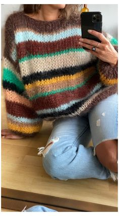 Chunky Knit Jumper, Mohair Sweater, Oversized Jumper, Knit Vest Pattern, Sweater Knitting Patterns, Knitting Sweaters, Hand Knitted Sweaters, Estilo Fashion, Diy Dress
