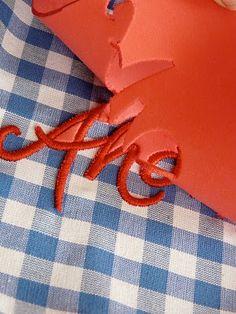 Plastische Schriftzüge sticken - mit Moosgummi