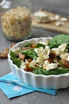 Fetás-aszalt gyümölcsös spenót saláta - gluténmentes