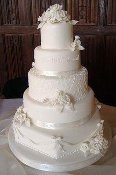 Unique Vintage Wedding Cake