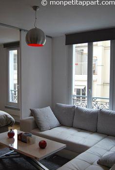 le salon la tv accroch e au mur permet de gagner en rangement sous cette derni re et en espace. Black Bedroom Furniture Sets. Home Design Ideas