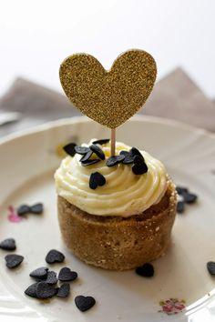 Mausteiset kesäkurpitsa muffinssit Kaneli, Cupcakes, Baking, Desserts, Recipes, Food, Death, Tailgate Desserts, Cupcake Cakes