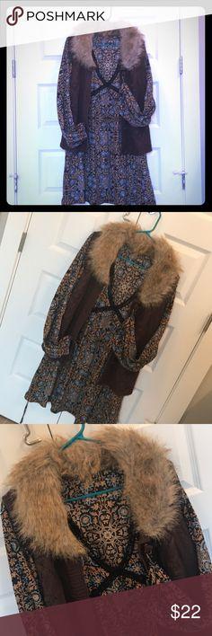 Faux fur sweater vest w/floral V-neck flair dress Separates: faux fur vest $20, v-neck vintage floral flair dress w/tiebacks $22 Dresses Long Sleeve