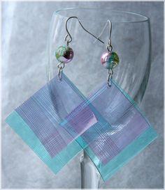 Plastic Bottle Earrings ( follow pictures - it's in Bulgarian!)