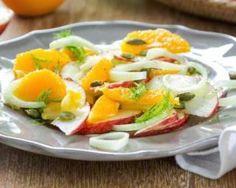 Salade au fenouil, oranges et pommes : http://www.fourchette-et-bikini.fr/recettes/recettes-minceur/salade-bonne-mine-au-fenouil-oranges-et-pommes.html
