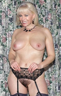 Not Hot sweaty mature fanny more detail