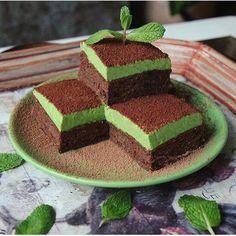 1,167 отметок «Нравится», 3 комментариев — 🍒Рецепты Правильное Питание🍒 (@pp_recepti_pp) в Instagram: «Мята и шоколад🍫🍃Одно из самых вкусных сочетаний👌🏻 Шоколадные мини-брауни с мятным слоем🍴 Рецепт: •1…»