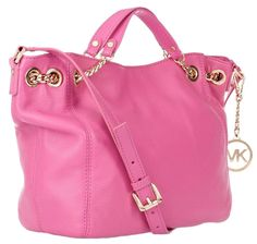 Beautiful candy pink leather bag from Michael Kors! Sac Michael Kors, Handbags Michael Kors, Mk Handbags, Designer Handbags, Handbags Online, Designer Bags, Fashion And Beauty Tips, Look Fashion, Womens Fashion