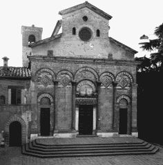 San Andrea Pistoia (romaans)