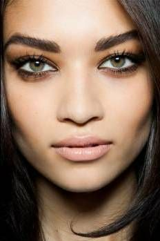 Natural Makeup Tips Beauty Make Up, Hair Beauty, Makeup Tips, Hair Makeup, Sexy Makeup, Bold Brows, Eye Brows, Smudged Eyeliner, Thick Eyebrows