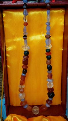 A beautiful necklace of ancient faceted beads                      stores.ebay.de/DEHVALI-AGATES