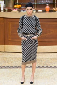 Your grandma's knit dress by Chanel Fall 2015 Ready-to-Wear Fashion Show