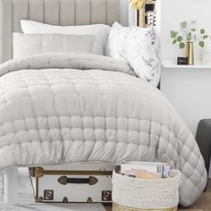 Create your own comfy cocoon with our comforter and sham. Crafted from TENCEL™ for a supremely smooth and soft feel, they're must-haves for a cozy sleep space. Pottery Barn Teen Cocoon Tencel Comforter & Sham Dream Bedroom, Girls Bedroom, Bedroom Ideas, Bedspreads For Teen Girls, Teen Bed Spreads, Twin Xl Mattress, Pb Teen, Wood Source, Teen Room Decor