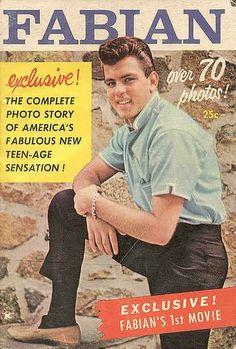 PATRICK SWAYZE Poster Hollywood 80/'s Stars Hunk Playboy 01 Multiple Sizes