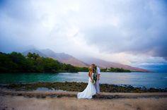 Maui Wedding Photographers: Olowalu Plantation House. It ain't raining here! http://www.joedalessandro.com
