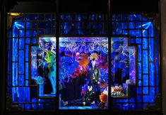 Google Image Result for http://retaildesignblog.net/wp-content/uploads/2012/11/Harvey-Nichols-Christmas-windows-2012.jpg