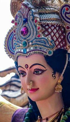 Navratri Puja will help you overcome all your negativities. Flourish with wealth on this Navratri by offering Homam to Lakshmi, Saraswathi & Durga. Lord Durga, Durga Ji, Saraswati Goddess, Goddess Lakshmi, Lord Krishna, Shiva Shakti, Krishna Art, Radhe Krishna, Durga Maa Pictures
