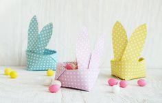 Süßer Origami Osterkorb in Form eines Osterhasen. Ganz einfach Nachzubasteln für Kinder. Mit kostenloser Bastelvorlage in zarten Pastellfarben.