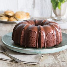 Chocolate Cola Pound Cake - Taste of the South Mini Cakes, Cupcake Cakes, Cupcakes, Chocolate Glaze Recipes, Chocolate Pound Cake, Cold Cake, Cake Tasting, Cake Ingredients, Dessert Recipes