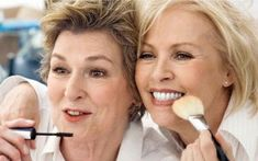 Easy Makeup Tips for Women Over 40