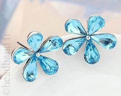 Boucles d'oreilles fleur cristaux bleus
