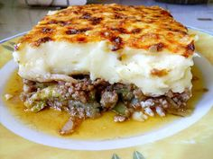 Μουσακάς !!!! ~ ΜΑΓΕΙΡΙΚΗ ΚΑΙ ΣΥΝΤΑΓΕΣ 2 Greek Recipes, Lasagna, Mashed Potatoes, Food To Make, Good Food, Fun Food, Food And Drink, Tasty, Beef