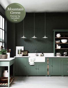 Dusky & Moody: Green