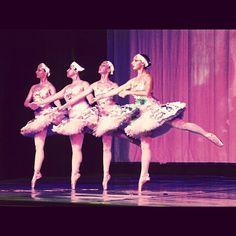Danzare insieme è imparare a conoscersi https://instagram.com/p/xycuO9i4LI/