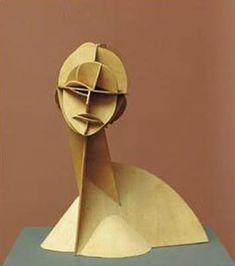 Constructive Head no. 1 by Naum Gabo from the Digital Collection of the Städel Museum Sculpture Lessons, Sculpture Projects, Cardboard Sculpture, Cardboard Art, Städel Museum, 3d Art Projects, Instalation Art, Paperclay, Abstract Sculpture