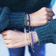 Decisions, decisions… Not necessary! A pile of argantinas together. #bracelets #blue