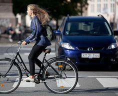 A lighter summer Sarah Lund Sweater version - Norwegian style.  Copenhagen Bikehaven by Mellbin 2011 - 1090 by Franz-Michael S. Mellbin, via Flickr