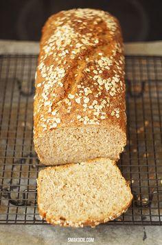 Smakocie i Łakołyki: Prosty domowy chleb