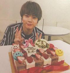 Japanese Boy, Celebrities, Painting, Painting Art, Celebs, Foreign Celebrities, Paintings, Celebrity