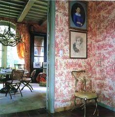 romantic living room, antler chandelier