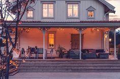 Sunroom, Front Porch, Countryside, Architecture Design, Pergola, Villa, Farmhouse, Patio, Mansions