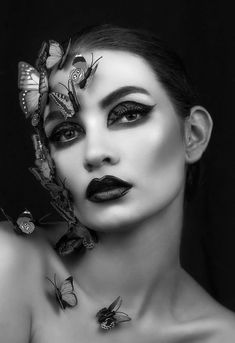 Upon butterfly wings.her dreams were carried.waiting to soar within the grace of night. Papillon Butterfly, Butterfly Face, Madame Butterfly, Butterfly Effect, Butterfly Kisses, Butterfly Wings, Dark Photography, Creative Photography, Black And White Photography