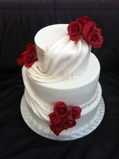 Wedding cake... #WeddingCakes #Weddings