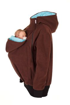 Viva la Mama | Baby Carrying Jacket TRIO (3in1- brown/turquise-white - dots). Fleece jacket for pregnancy, maternity, baby wearing and everyday use. No worries about the blanket not covering toes or fingers! :) #maternityfashion