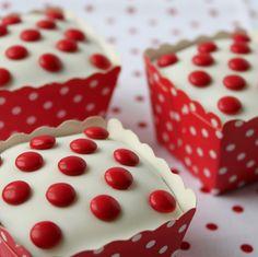 Swedish cup cakes
