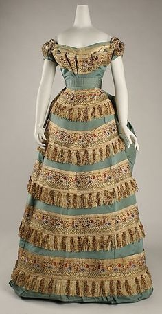 Ball gown - House of Worth, 1872.